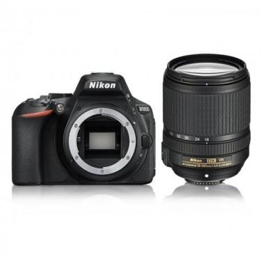 Nikon D5600 + AF-S 18-140 VR Black + GARANZIA 2 ANNI ASSISTENZA IN ITALIA +