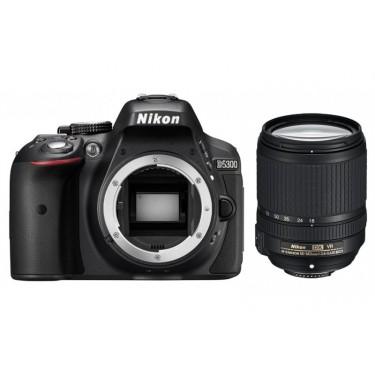 Fotocamera D5300 + Nikkor 18-140mm VR + GARANZIA 2 ANNI ASSISTENZA IN ITALIA +